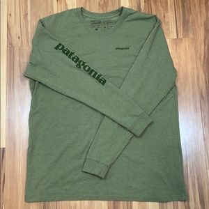 Patagonia Green Long Sleeve Tee XXL Olive